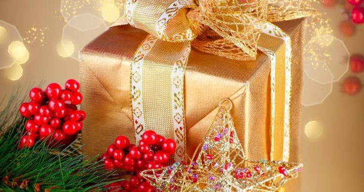 Дети из социально-уязвимых семей получили подарки к Новому году