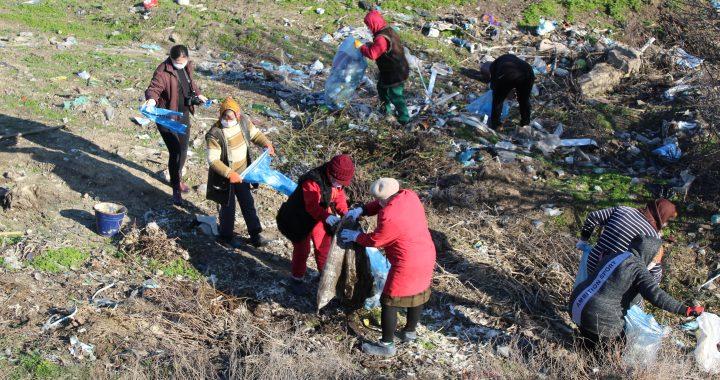 В селе Чишмикиой продолжается ликвидация мусоросвалок.